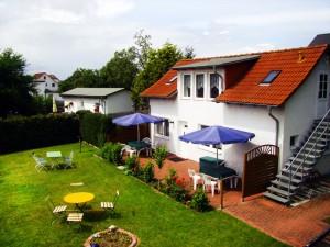 Ferienhaus mit 2 Wohnungen in Strandnähe an der Ostsee